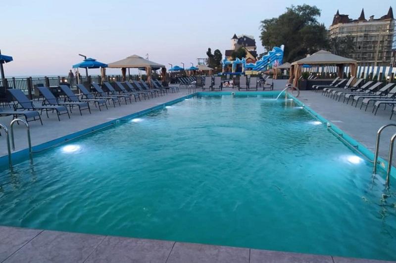 В Зеленоградске построят открытый бассейн с подогревом (16.03.19)-132374