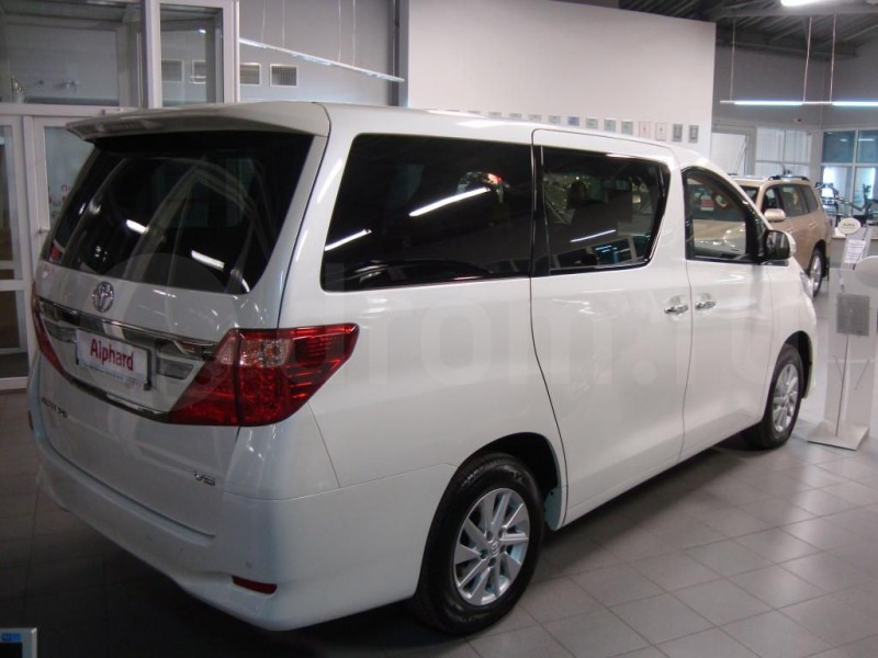 Автомобиль для коллективного туризма-33728